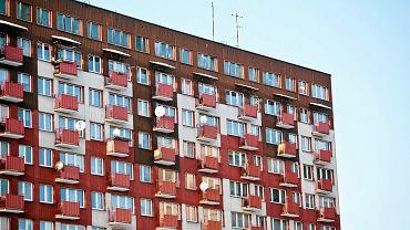 Białystok, bloki z wielkiej płyty na Osiedlu Przydworcowym.