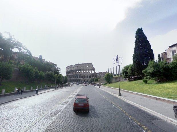 Ulica na zdjęciu z 2008 r.