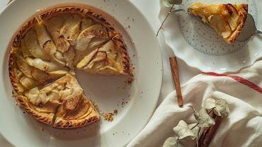 Ciasto z jabłkami, zdjęcie ilustracyjne