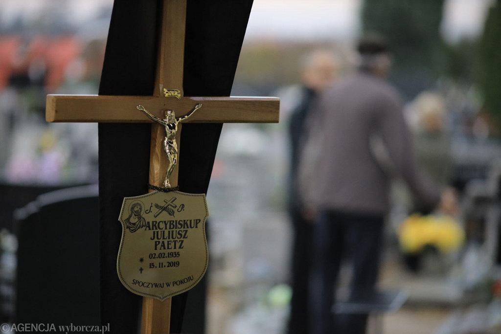 Uroczystości pogrzebowe byłego metropolity poznańskiego abp. Juliusza Paetza