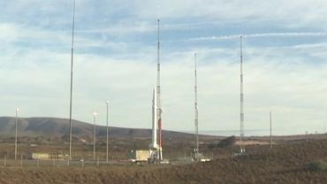 Nowa rakieta na stanowisku startowym