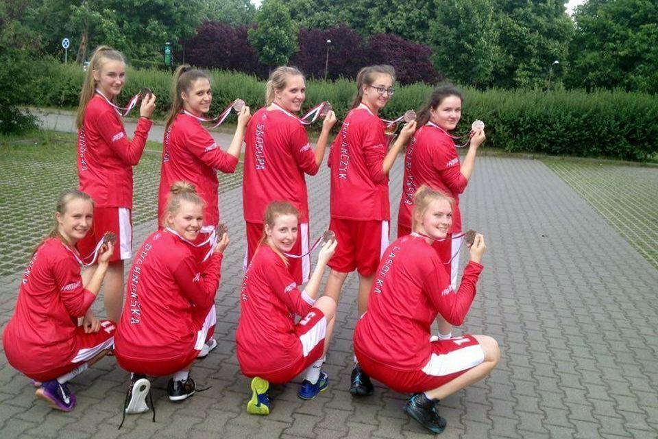 Koszykarki I Liceum Ogólnokształcącego w Gorzowie zdobyły w Łodzi brązowy medal mistrzostw Polski szkół ponadgimnazjalnych