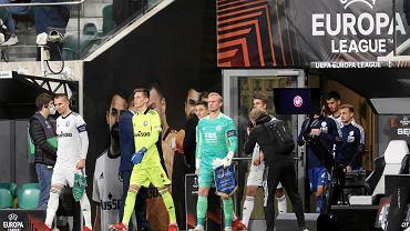 Napoli daje zakaz Polakom! Legia Warszawa otrzymała cios