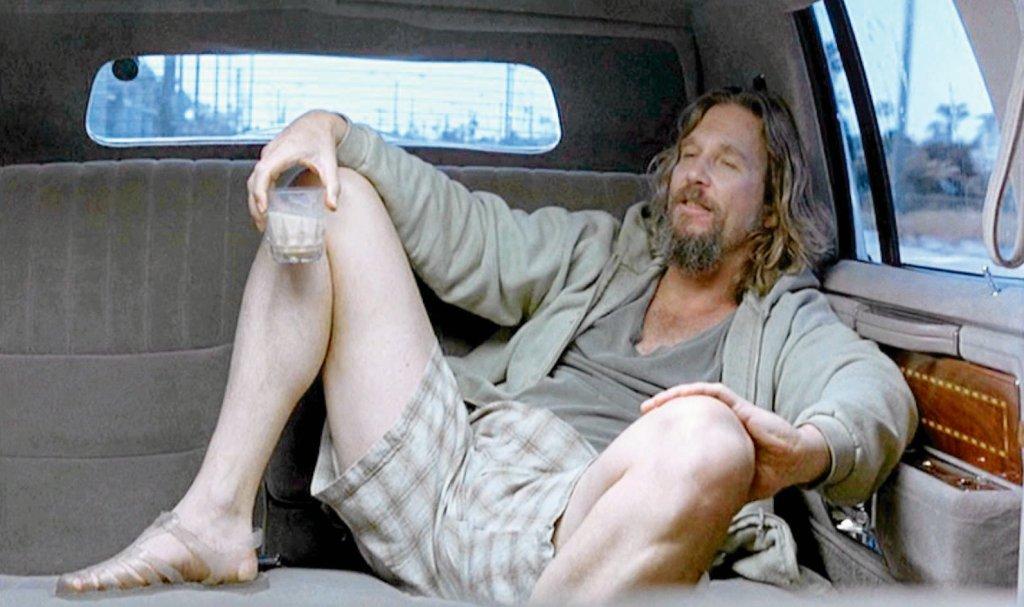 W 'żelkach' Jeff Bridges w filmie braci Coen z 1998 r. 'Big Lebowski' / MATERIAŁY PRASOWE