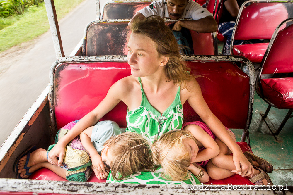 Ania Alboth z córkami Milą i Hanią (fot. Thomas Alboth)