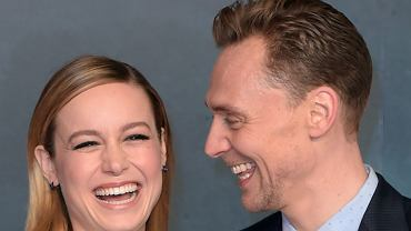 Brie Larson i Tom Hiddleston