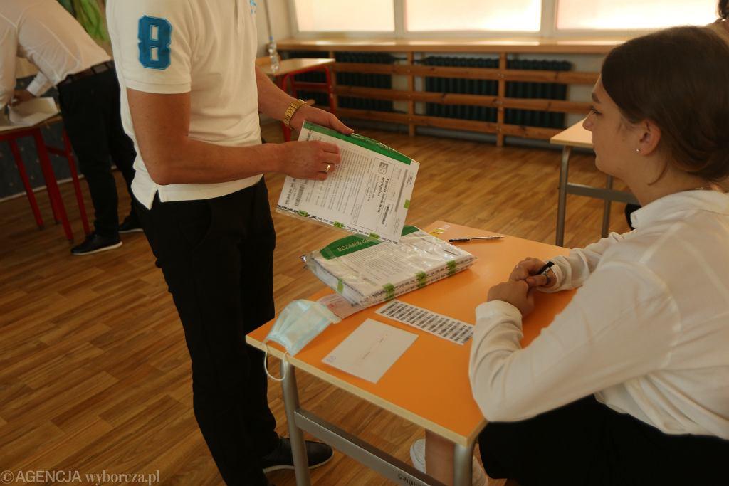 Egzamin ósmoklasisty 2021. Jakie lektury obowiązują?