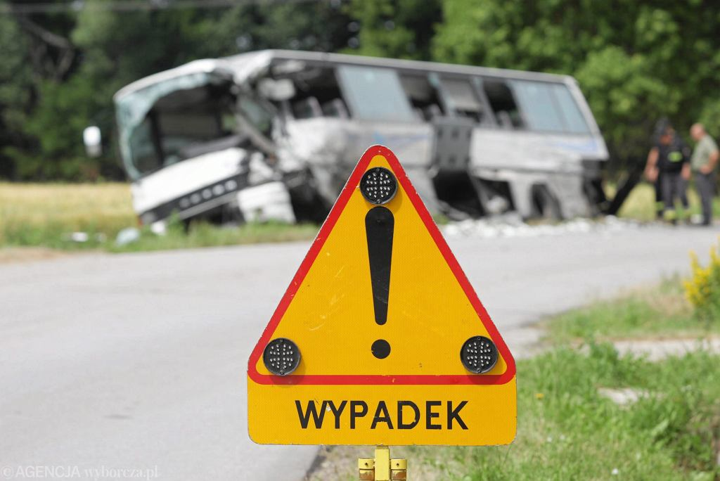 Grudziądz. Autobus miejski uderzył w ciężarówkę. Są ranni (zdj. ilustracyjne)