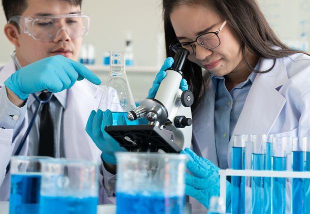 Jak długo zajmie naukowcom stworzenie szczepionki na nowego koronawirusa?