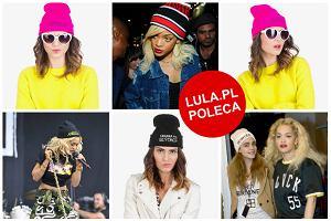 I co z tego, że już wiosna? Bawełniane czapki z napisami wciąż są supermodne! Zobaczcie, co proponuje polska marka DeeZee