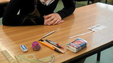 Egzamin ósmoklasisty. Zdjęcie ilustracyjne