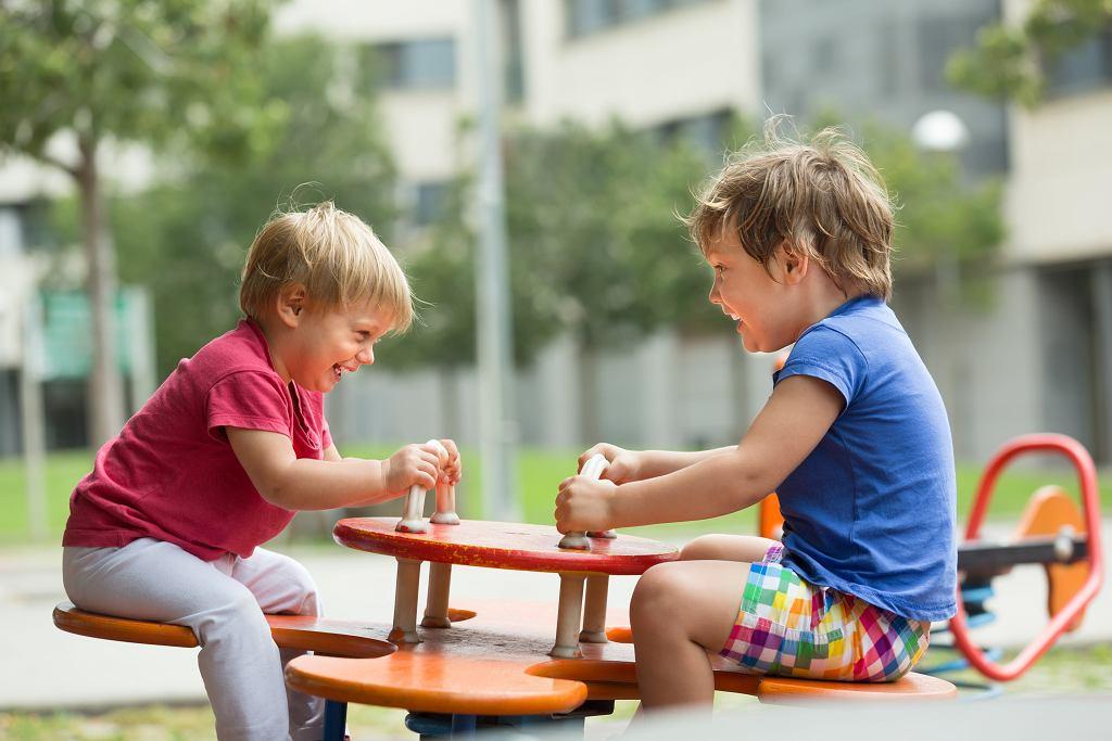 Warto od najmłodszych lat uczyć dzieci jak ważny jest ruch.