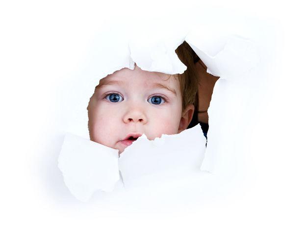 Jajowata główka? Wiele dzieci po urodzeniu ma dziwny kształt głowy. Kiedy się zaniepokoić