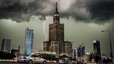 Pogoda w Warszawie. Burza