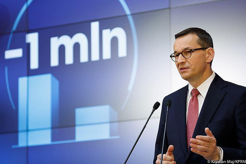 Premier Mateusz Morawiecki na jednej z konferencji poświęconej bezrobociu