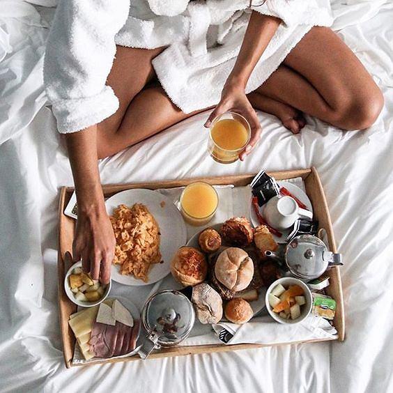 Śniadanie powinno być lekkie, ale pożywne