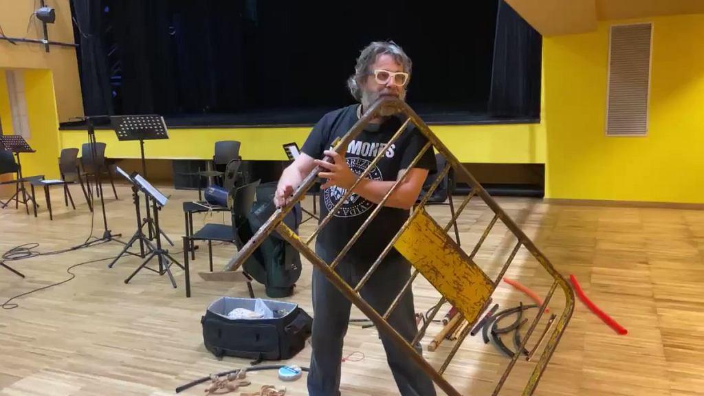 Hiszpański muzyk Xavier Lozano