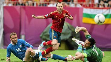 Hiszpania - Włochy na PGE Arenie. Andres Iniesta krytykował murawę boiska