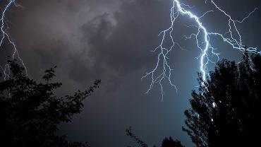 Pogoda na majówkę. IMGW prognozuje burze na trzy dni długiego weekendu (zdjęcie ilustracyjne)