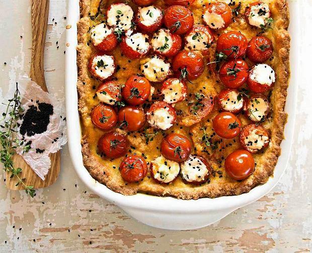 Tarta z pomidorkami koktajlowymi nadziewanymi fetą