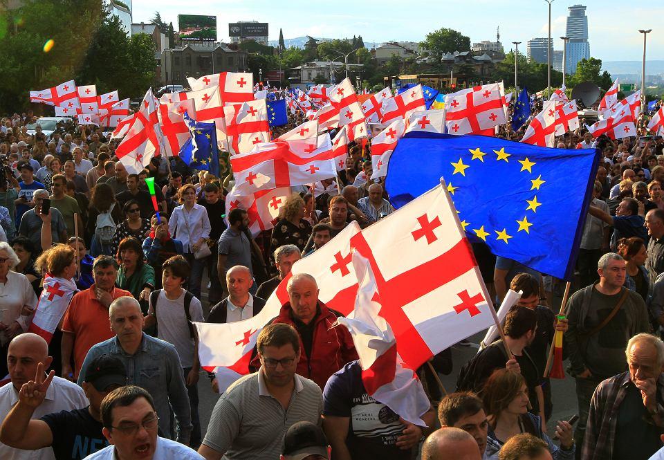 Antyrządowe protesty w Tbilisi.