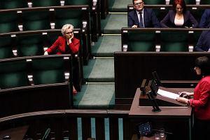 """Sejm zdecydował: """"Ratujmy kobiety"""" - do kosza. """"Zatrzymaj aborcję"""" - do komisji"""