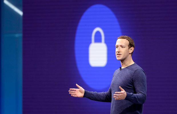 Facebook zapłaci 500 tys. funtów za aferę Cambridge Analytica