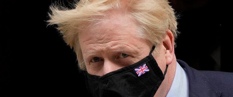 Boris Johnson sugeruje opóźnienie w luzowaniu restrykcji w Anglii