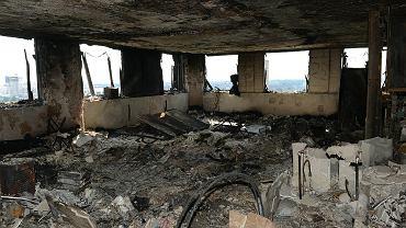 Zdjęcia z wnętrza Grenfell Tower
