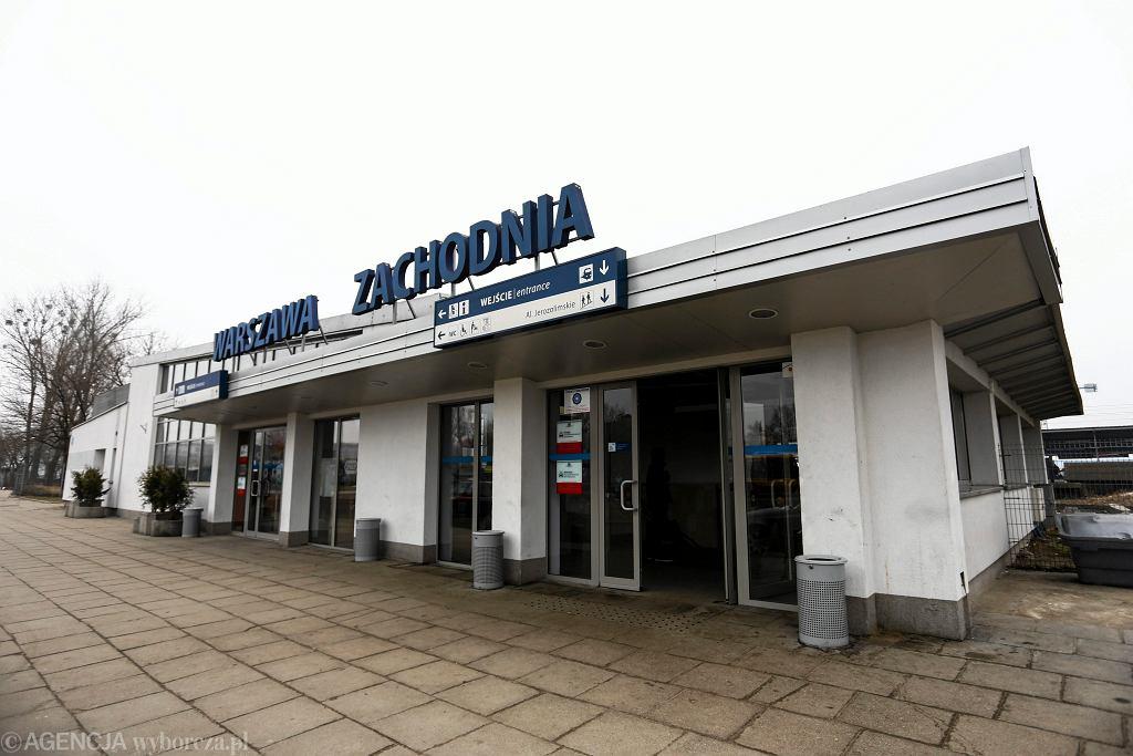 1Przeglad Warszawskich dworcow i stacji kolejowych