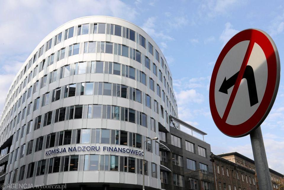 Budynek, w którym mieści się Komisja Nadzoru Finansowego