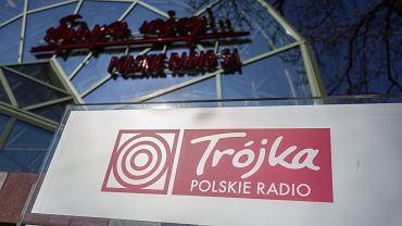 09.04.2020 Warszawa, ulica Myśliwiecka, siedziba Trójki Polskiego Radia.