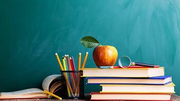 Poznaj lektury obowiązkowe na egzaminie ósmoklasisty 2021. Zdjęcie ilustracyjne