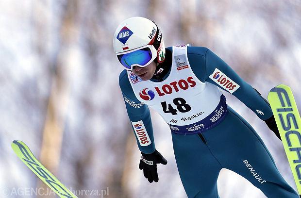 Niepokojące skoki Polaków w treningach! Kobayashi dominuje w Klingenthal