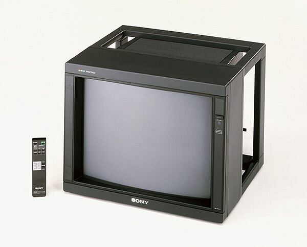 Telewizor Sony z 1987 roku