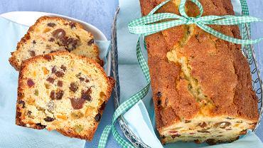 Keks świąteczny to ciasto, którego niepowtarzalny, waniliowy aromat pomaga nam stworzyć magiczną atmosferę w domu, gdzie wyczekuje się pierwszej gwiazdki.