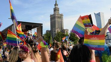 Rafał Trzaskowski podpisał Warszawską Deklarację LGBT+. W dokumencie znalazło się pięć punktów
