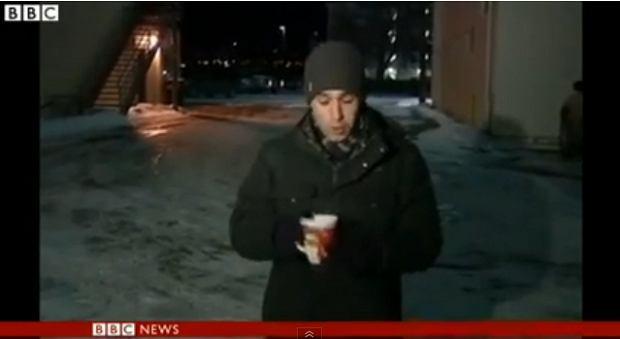 Eksperyment reportera w USA. Kadr z filmu