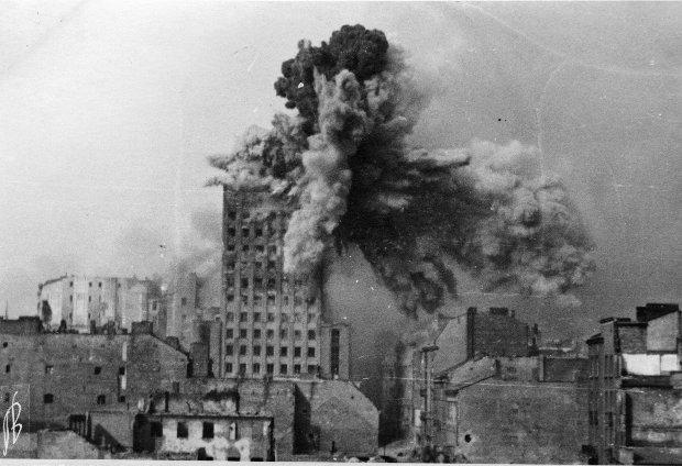 1 sierpnia 1944 - jedna z najważniejszych dat w historii Polski. To właśnie dzisiaj mijają 73 lata od dnia, kiedy wybuchło Powstanie Warszawskie.