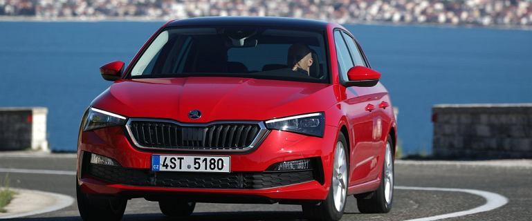 Jak Skoda Scala wypada na tle Volkswagena Golfa? Zestawiamy popularne kompakty