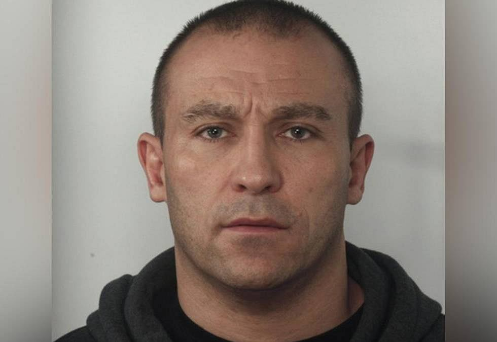 42-letni Olgierd Michalski poszukiwany w związku ze śmiertelnym pobiciem zapaśnika