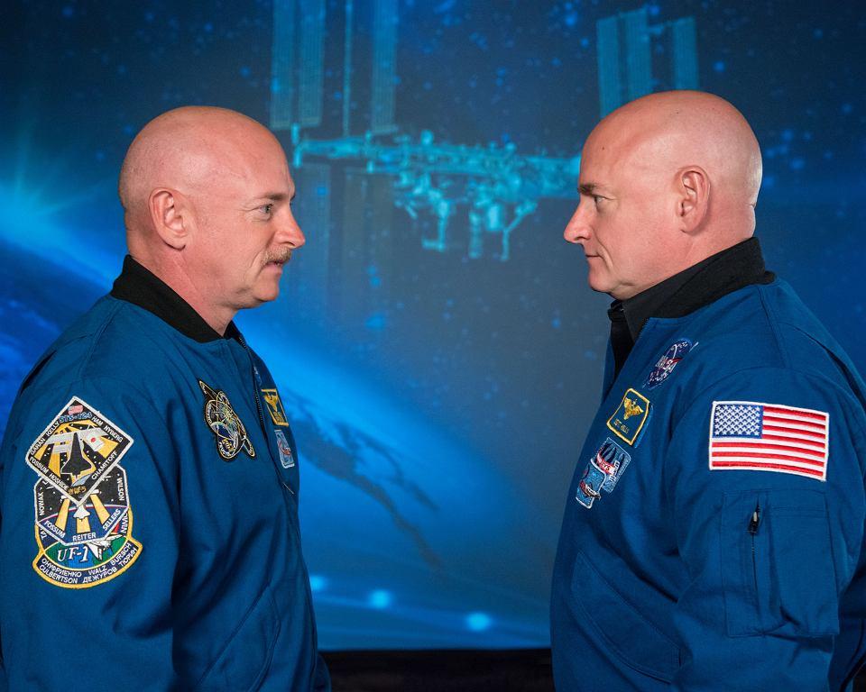 Scott Kelly (po prawej) i jego brat Mark.