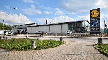 Niedziele handlowe. Jak otwarte są sklepy Lidl, Auchan, Biedronka i Tesco?