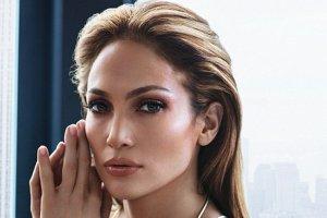 Jennifer Lopez w kampanii reklamowej biżuterii