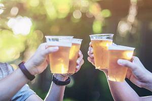 Piwa bezalkoholowe przyciągają Polaków. To dobra alternatywa dla rodziców