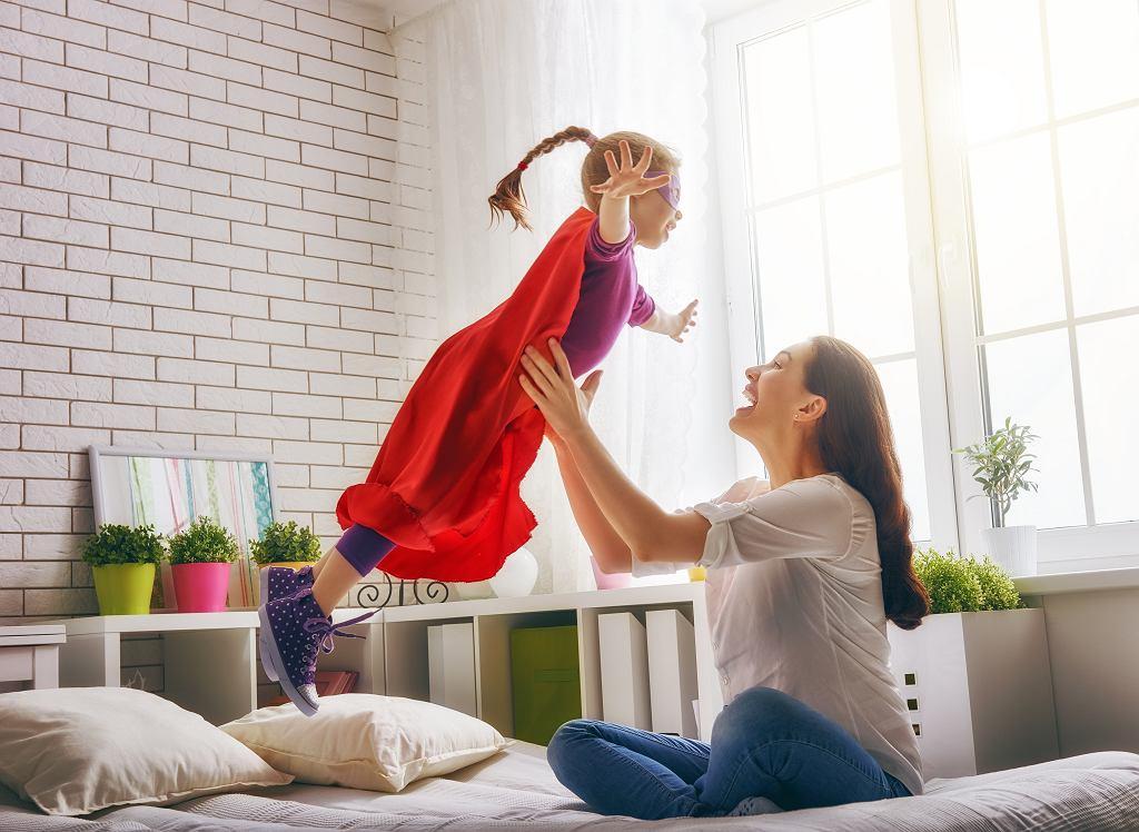 Urlop wychowawczy może trwać maksymalnie 36 miesięcy. Zdjęcie ilustracyjne, Yuganov Konstantin