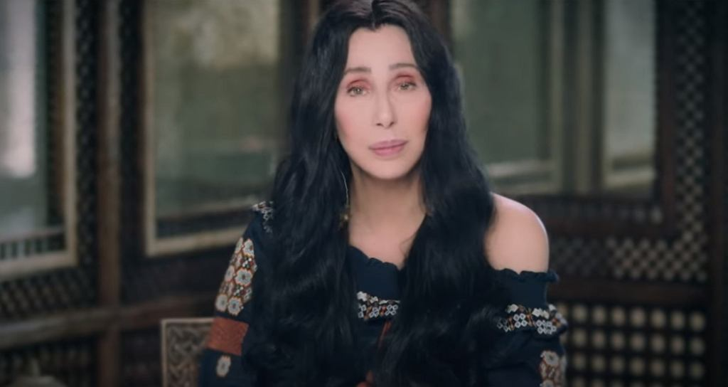 Cher - Chiquitita (Spanish Version) [Official Video]