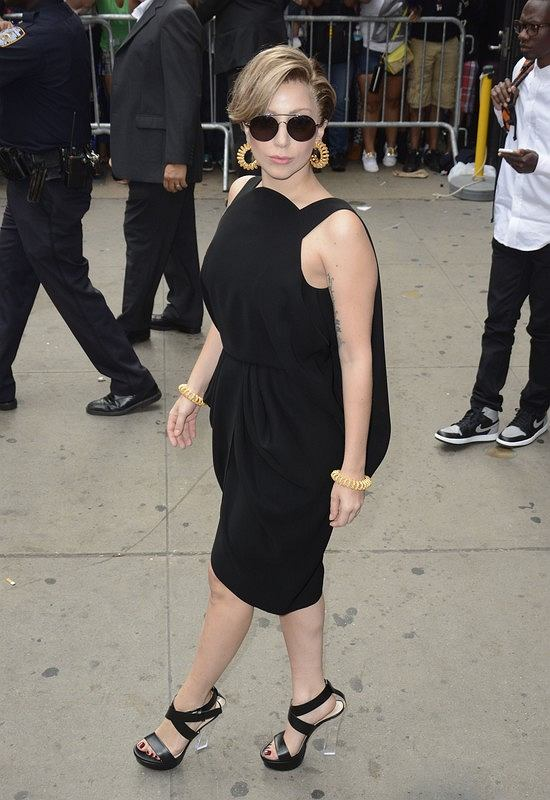 "Lady Gaga appears on 'Good Morning America', NYC to premiere her new video ""Applause"". <P> Pictured: Lady Gaga <P><B>Ref: SPL595469  190813  </B><BR/> Picture by: Derek Storm / Splash News<BR/> </P><P> <B>Splash News and Pictures</B><BR/> Los Angeles:	310-821-2666<BR/> New York:	212-619-2666<BR/> London:	870-934-2666<BR/> photodesk@splashnews.com<BR/> </P>"