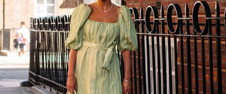 Moda 2020 na sukienki z bufiastymi rękawami! Przedstawiamy oryginalne modele na wakacje!