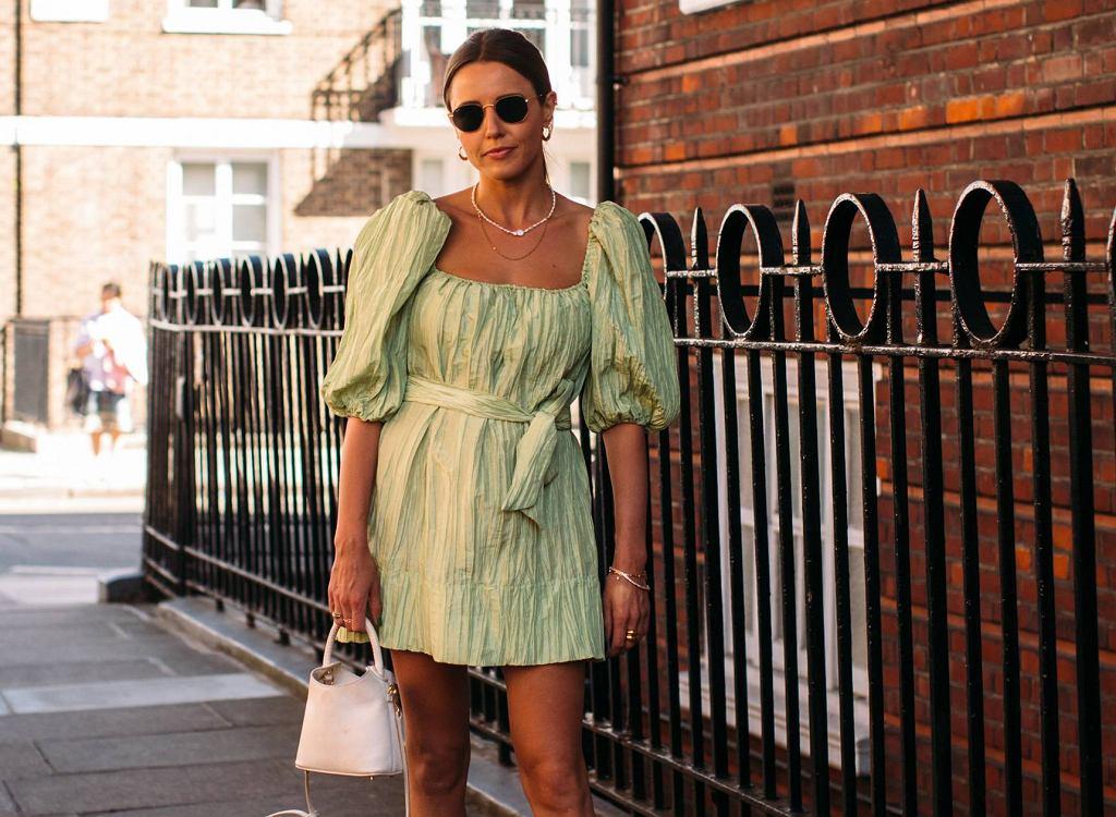 Moda 2020 na sukienki z bufiastymi rękawami
